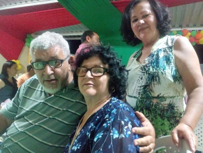 Caçulo, Vanda e Lole_ Walter, Ivone e Celeste, respectivamente.