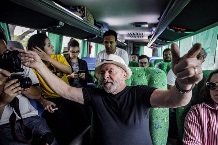Lula pretende viajar, de ônibus o Brasil Inteiro